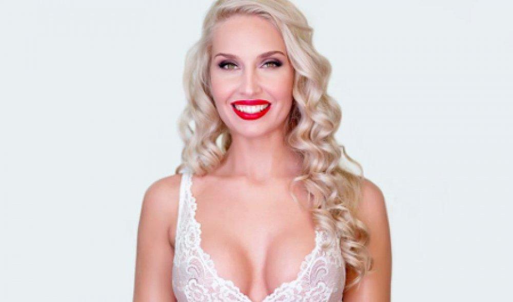 Modezeichnerin Michaela Mašková und ihre Brustvergrößerung