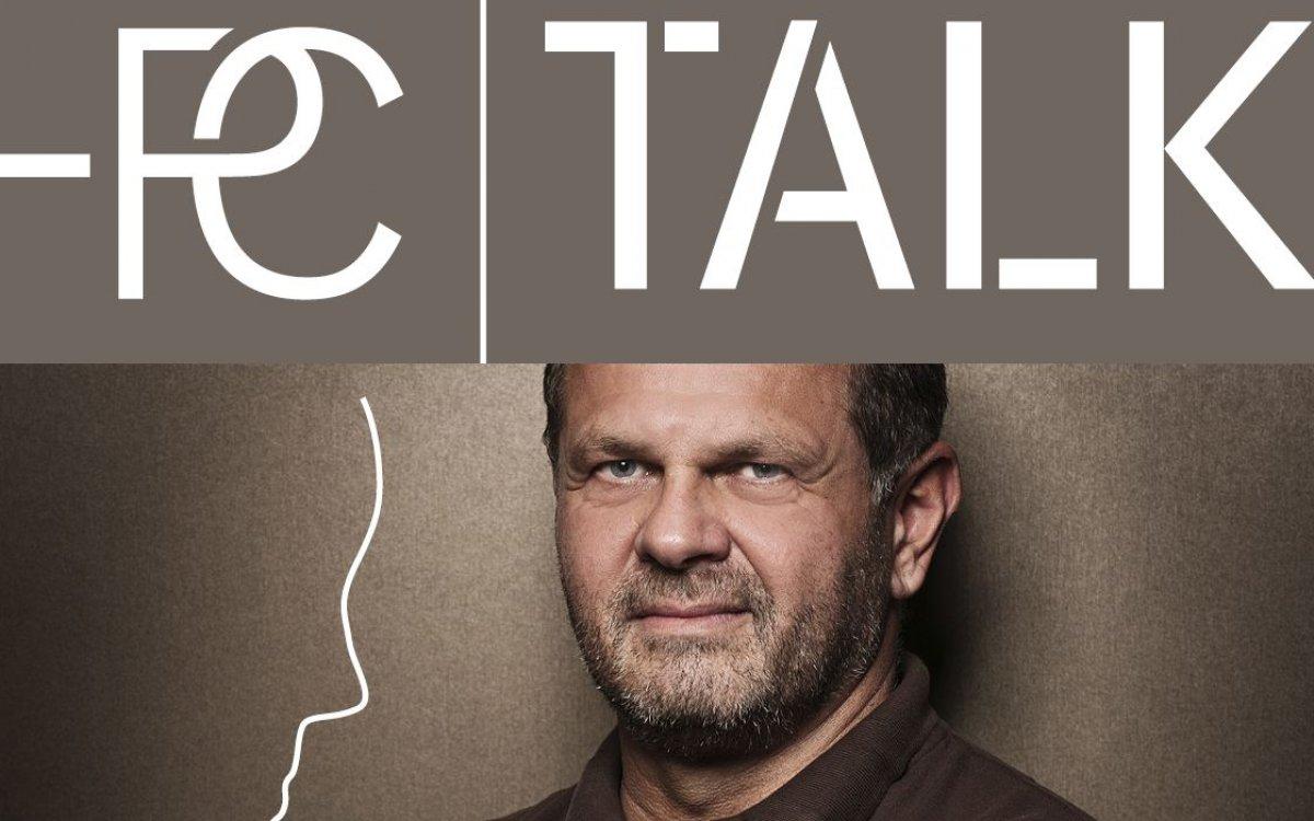 Nový podcast - MUDr. Jiří Ferra s klientkou o operaci prsou